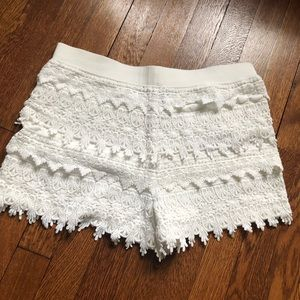 Express off white lacey shorts, size small